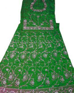 Green colour poshak Bembeer saatan and pyor odhna With Jardoji hand work